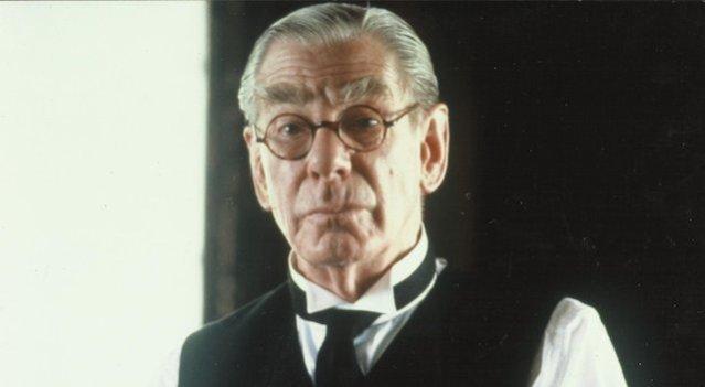 Batman_1989_-_Alfred