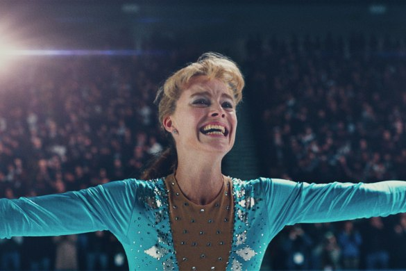tonya-harding-margot-robbie-after-landing-the-triple-axel.jpg